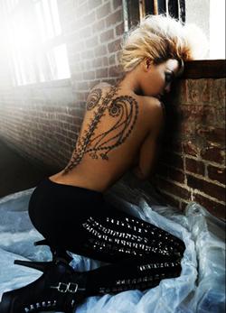 Beyoncé lancia la sua gamma di tatuaggi temporanei !