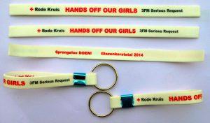 I-braccialetti-silicone-HANDS-OFF-OUR-GIRLS-raccogliamo-dei-fondi (3)