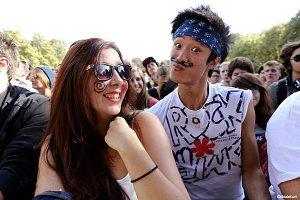 Gli-occhiali-da-sole-promozionali- hit-summer-goodies-2015-2